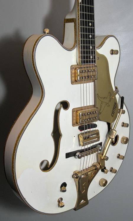 SOLD GRETSCH 1968 WHITE FALCON STEREO