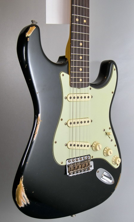SOLD C.SHOP 2015 1963 RELIC STRATOCASTER