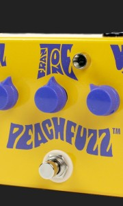 FRANTONE PEACH FUZZ