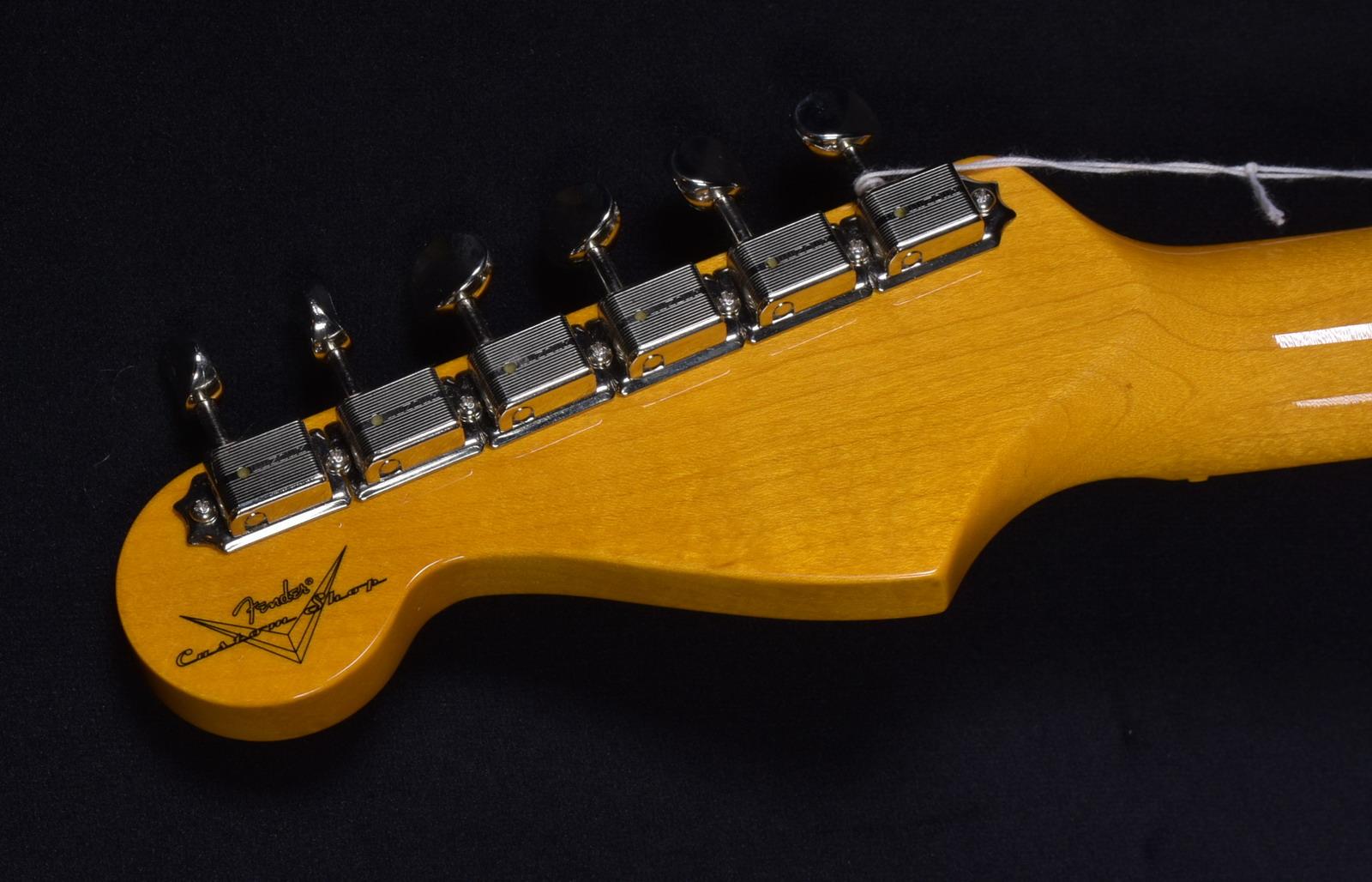 SOLD C SHOP DAVID GILMOUR SIGNATURE STRAT NOS | Gbl Guitars