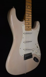 C.SHOP 2011 100 YEARS OLD PINE CLOSET CLASSIC STRATOCASTER