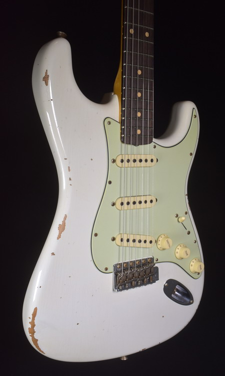 C.SHOP NAMM 2020 LTD 60  RELIC STRAT