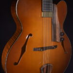 BOURGEOIS A 350 ARCHTOP